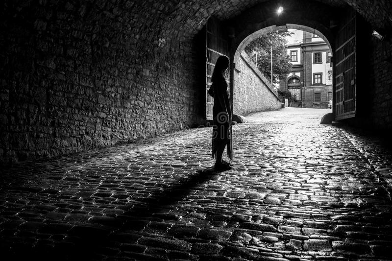 Ljus på slutet av en tunnel arkivfoto
