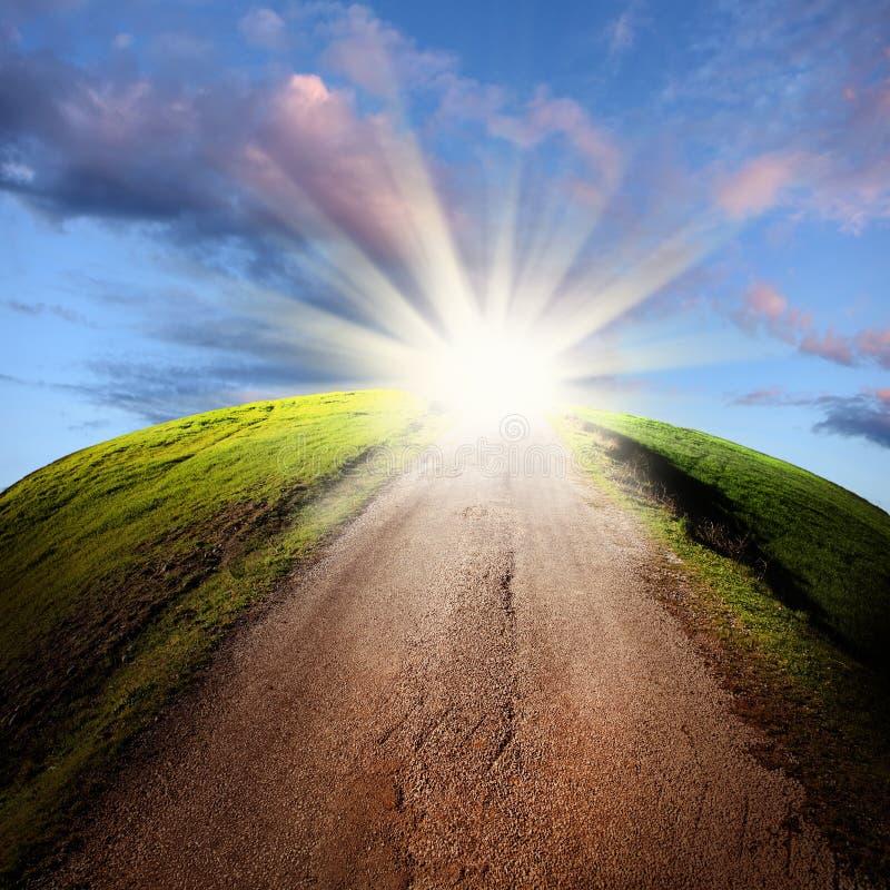 Ljus på slutet av vägen arkivbilder