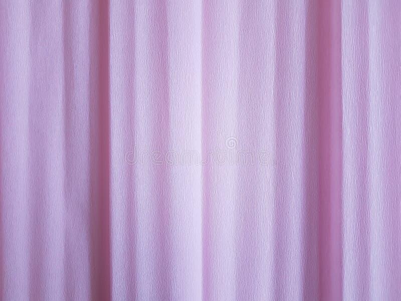 Ljus - rosa rynkig pappers- bakgrundsmellanrumsyttersida arkivfoto
