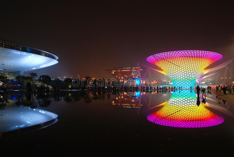 ljusa nattplatser 2010 för expo shanghai royaltyfria bilder