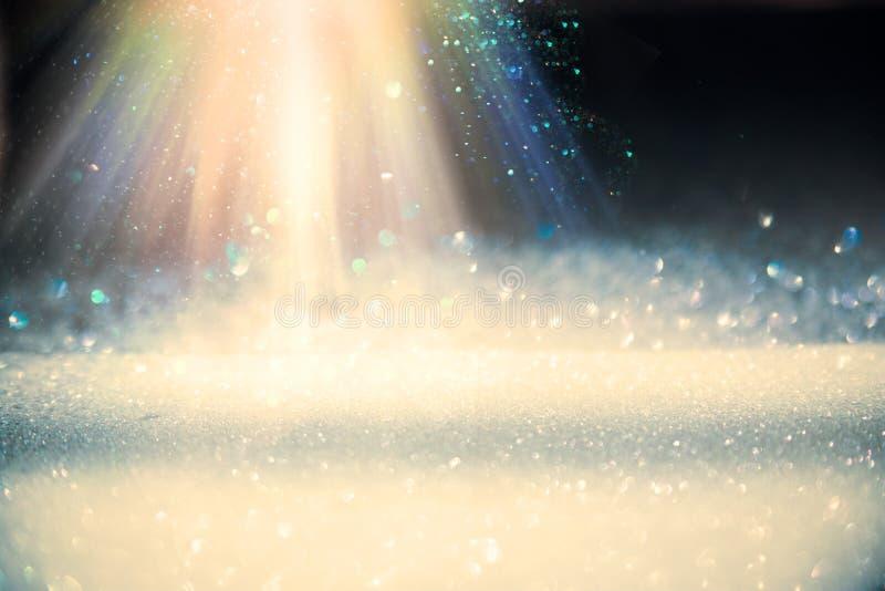 Ljusa strålar från överkant royaltyfri fotografi