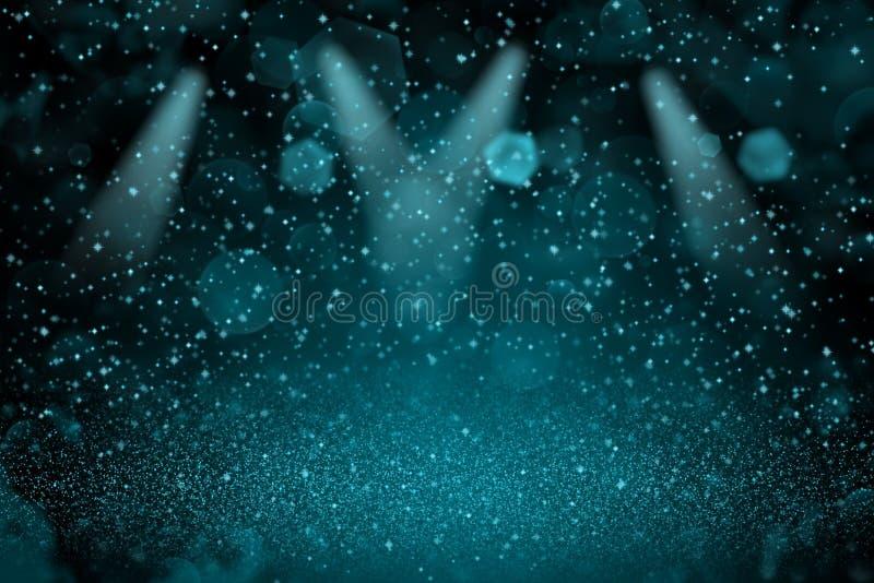 Ljust - blått underbart skinande blänker för etappstrålkastare för ljus defocused bokeh som abstrakt bakgrund med gnistor flyger, royaltyfri bild