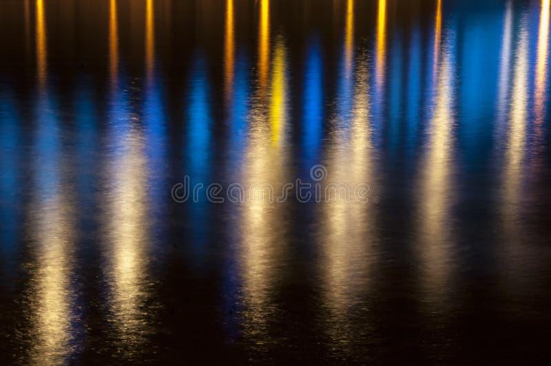 ljust reflexionsvatten arkivfoton