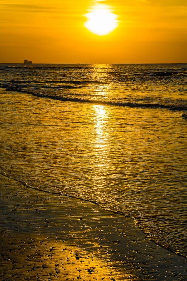Ljuv solnedgång arkivbild