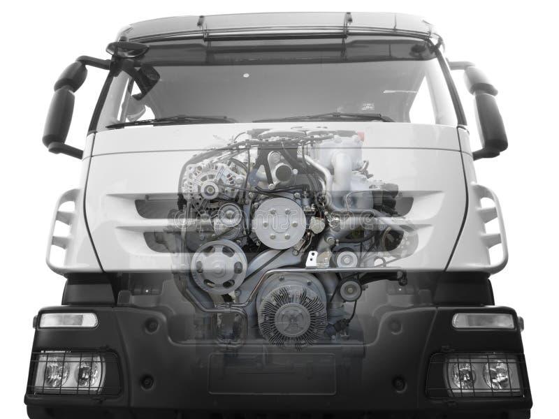 LKW mit einem sichtbaren Motor stockfotos
