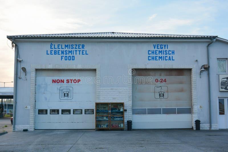 LKW-Wäsche für Lebensmittel und Chemikalientanker lizenzfreie stockfotos
