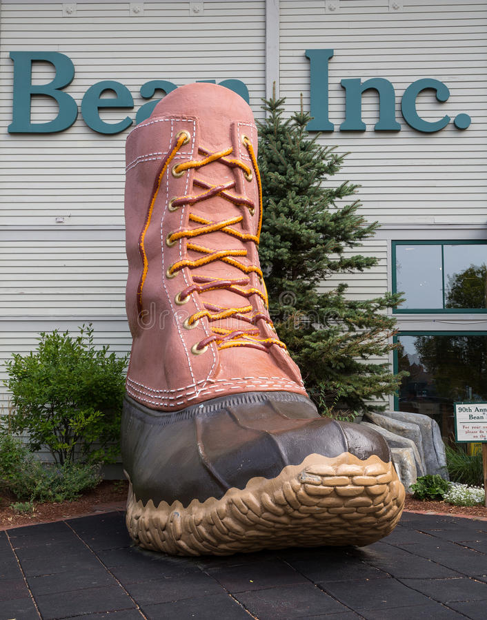 Download LL Bean boot editorial stock photo. Image of giant, advertisement - 70779053