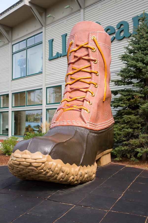 Download LL Bean boot editorial photo. Image of attraction, outdoors - 70779241