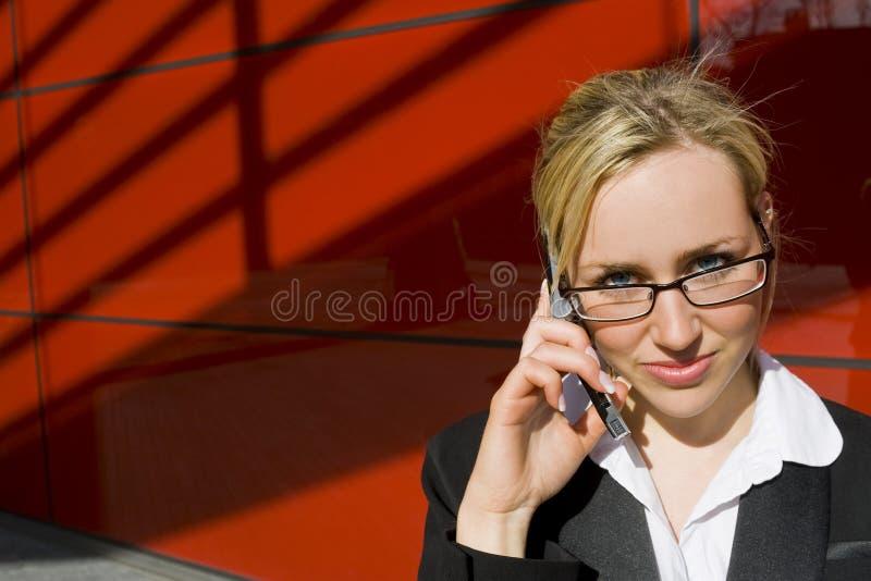 Llamada de teléfono ejecutiva fotos de archivo