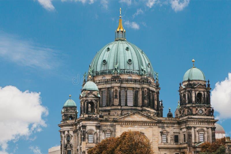 Llaman Berlin Cathedral los Dom de Berliner Berlín, Alemania imagenes de archivo