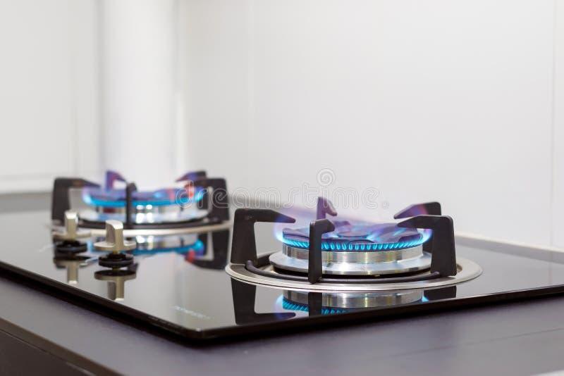 Llamas de la estufa de gas imágenes de archivo libres de regalías