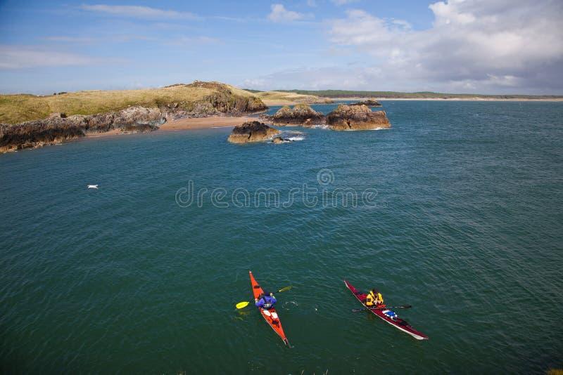 Download Llandwyn Insel stockfoto. Bild von küste, wales, leuchtturm - 26363746