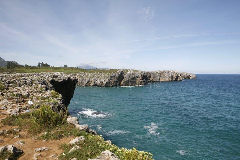 Llanes na costa das Astúrias fotos de stock royalty free