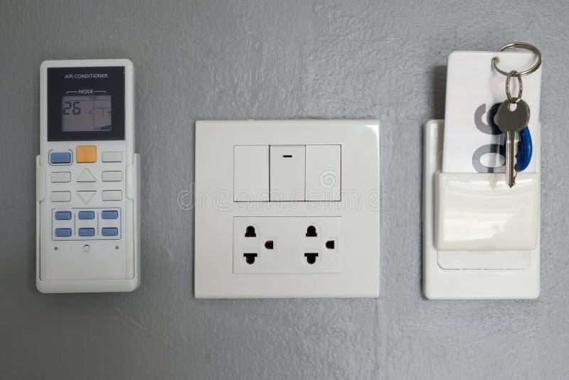 Llave electrónica, el panel eléctrico, en la habitación imagen de archivo libre de regalías