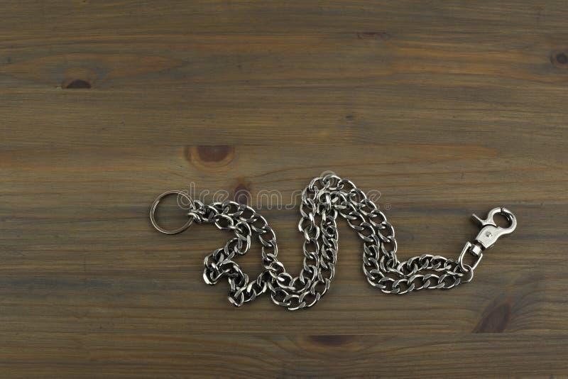 Llavero de plata viejo con llaves imagenes de archivo