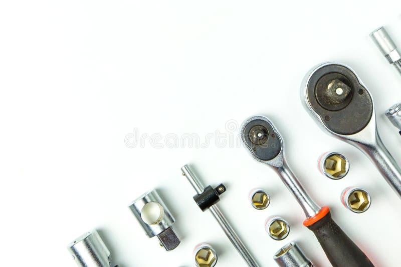 Llaves de llave inglesa del zócalo en el fondo blanco para las herramientas mecánicas fotografía de archivo
