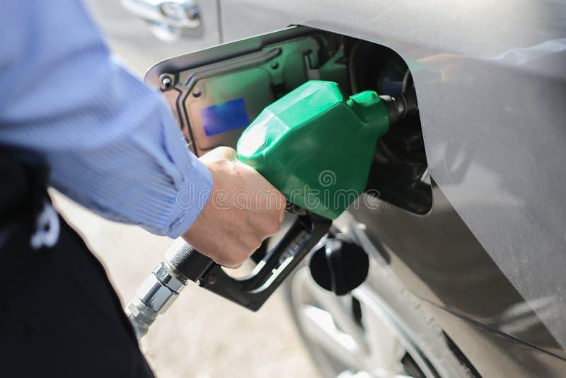 Llene el depósito de gasolina fotografía de archivo libre de regalías