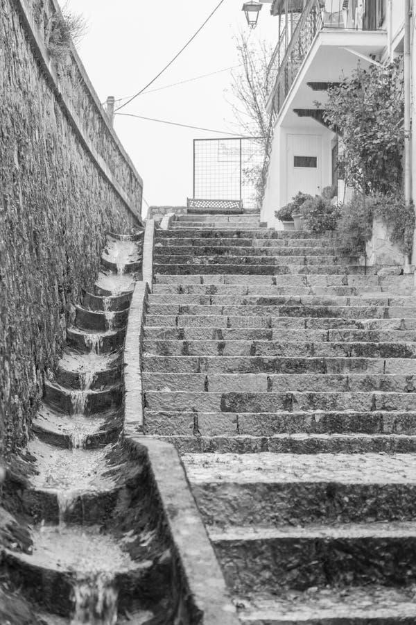 Lleve el centro del pueblo, Villetta Barrea, Abruzos, AIE fotografía de archivo libre de regalías