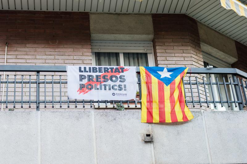 Llibertat Presos polityka wolność dla więźniów politycznych i Estelada Estelada jest nieoficjalnym katalończyka flaga obrazy royalty free