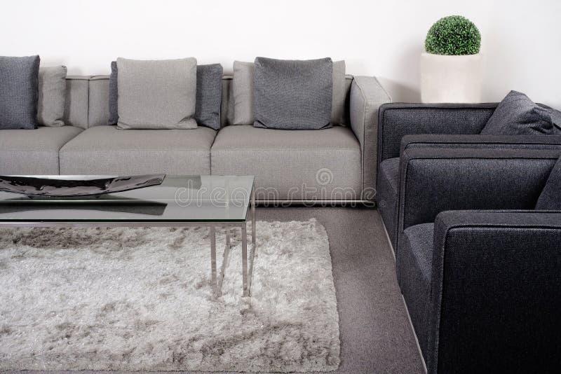 Lliving-quarto com mobília clássica imagens de stock royalty free