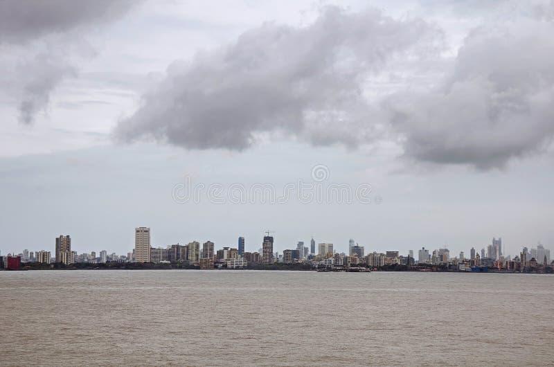 Llover la estación en Bombay imagen de archivo