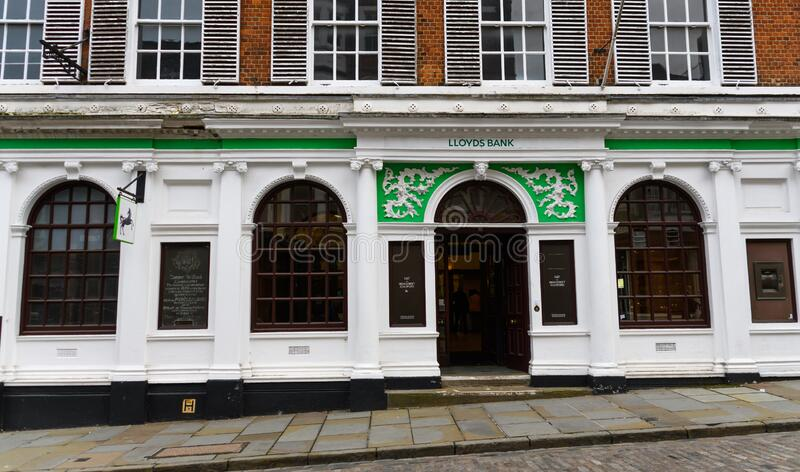 Lloyds Bank Guildford stock foto's