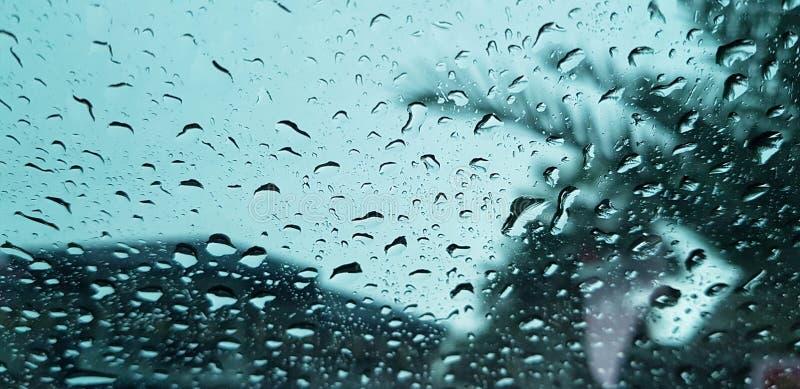 Llueva la gota imagenes de archivo
