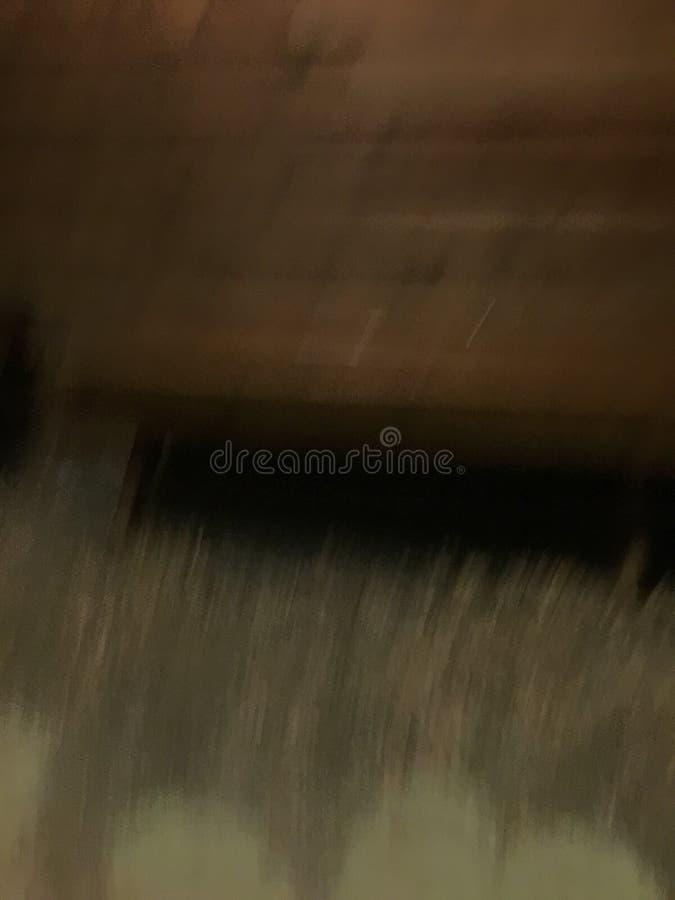 Lluvia abstracta en cobre con negro y crema fotos de archivo