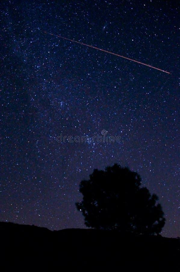 Lluvia de meteoritos de Perseid fotografía de archivo