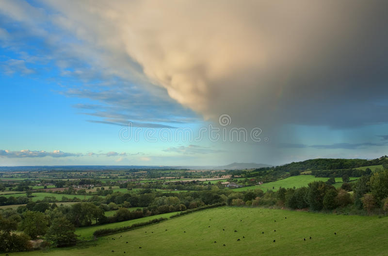 Lluvia que cae sobre Gloucestershire fotografía de archivo libre de regalías