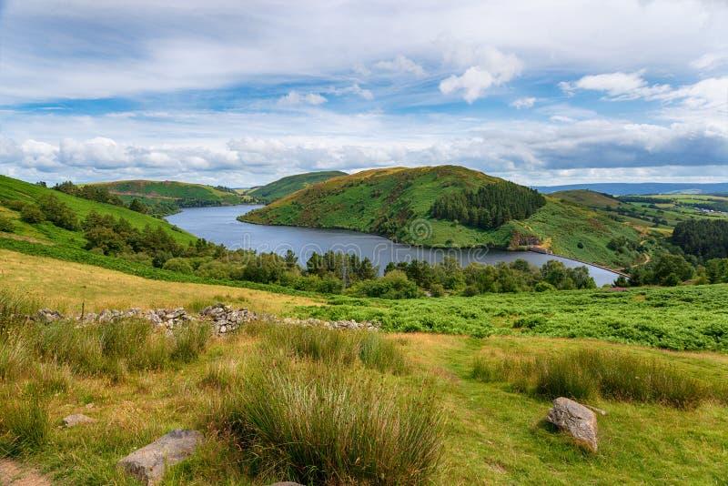 Llyn Clywedog cerca de Llanidloes en País de Gales fotos de archivo libres de regalías