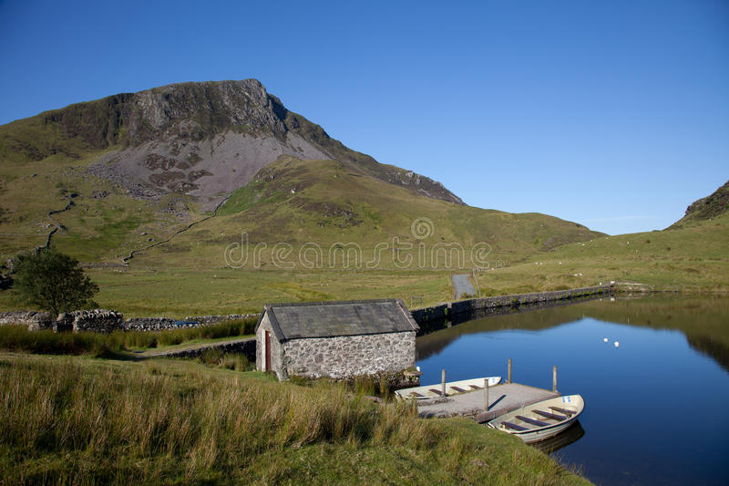 Llyn Y Dywarchen fotografia stock