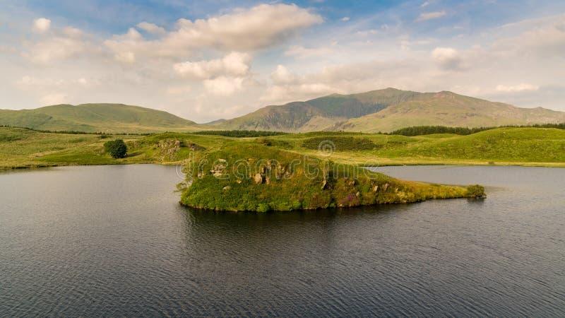 Llyn y Dywarchen, Galles, Regno Unito fotografie stock