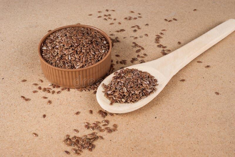 Lnów ziaren linseed zapobiegać choroby i kontrolną nadwaga zdjęcie stock