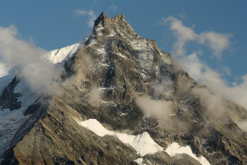 Lo Besso szczyt w Szwajcarskich Alps obrazy royalty free