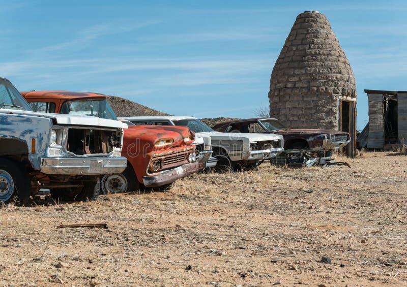 A lo largo de Route 66 en el desierto de Arizona imagen de archivo libre de regalías