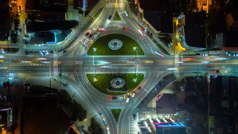 Lo scambio di una città, superstrada della rotonda di vista aerea è un'infrastruttura importante fotografia stock