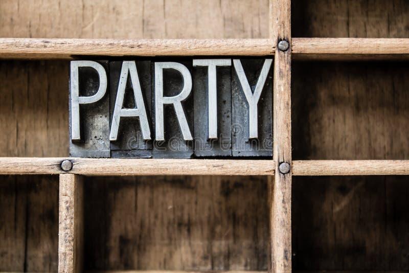 Lo scritto tipografico del partito scrive dentro il cassetto a macchina fotografia stock