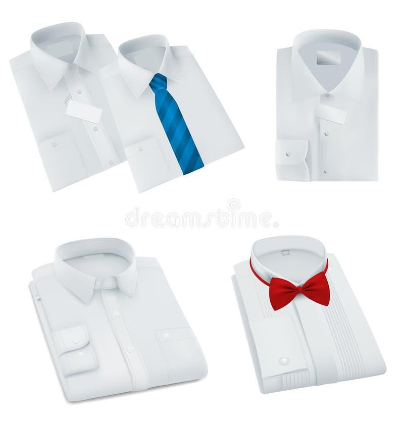Lo spazio in bianco maschio ha piegato le camice messe fotografia stock