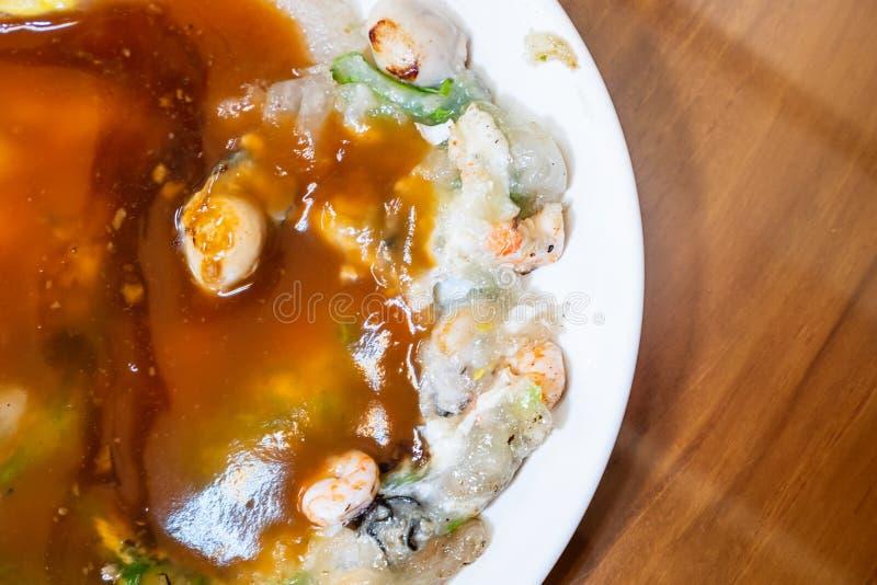 Lo spuntino tradizionale distintivo di Taiwan del omele dell'ostrica, squisitezze di Taiwan fotografia stock libera da diritti