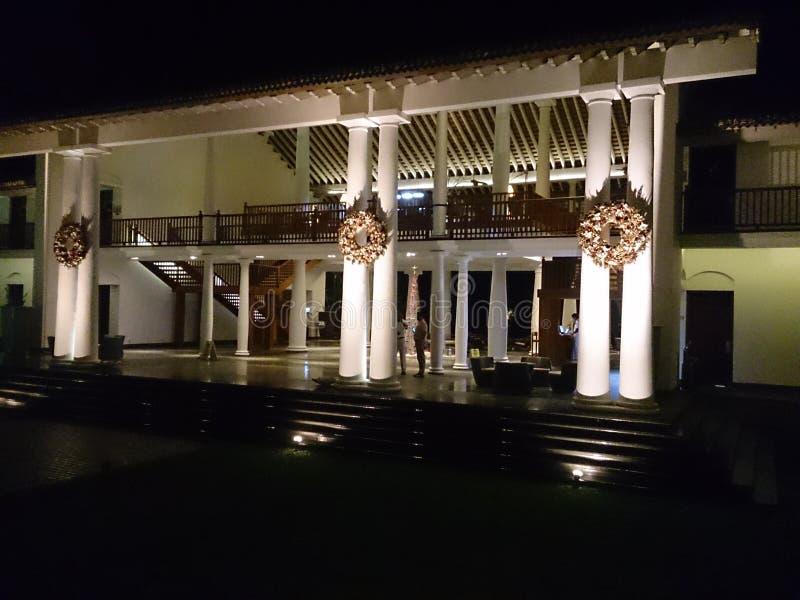 Download Lo Sri Lanka 18 Dicembre 2014 Hotel La Fortezza Sri Lanka Fotografia Editoriale - Immagine di corridoio, colonne: 117981806