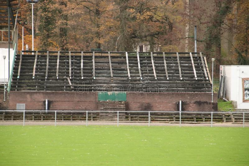 Lo stadio di calcio abbandonato a Wageningen ha nominato l'iceberg di Wageningse fotografia stock