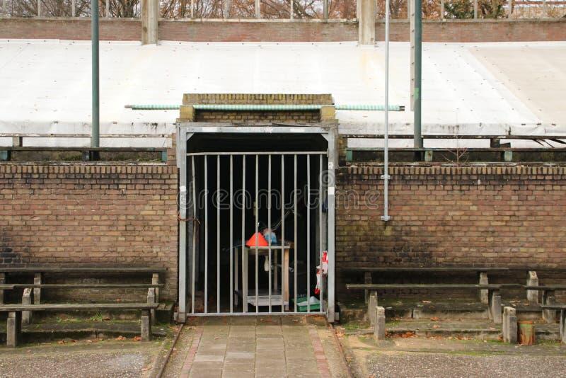 Lo stadio di calcio abbandonato a Wageningen ha nominato l'iceberg di Wageningse fotografia stock libera da diritti