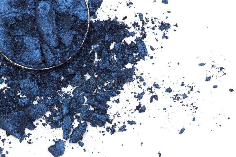Lo stile artistico ha schiantato l'ombretto in blu scuro su fondo bianco immagini stock libere da diritti