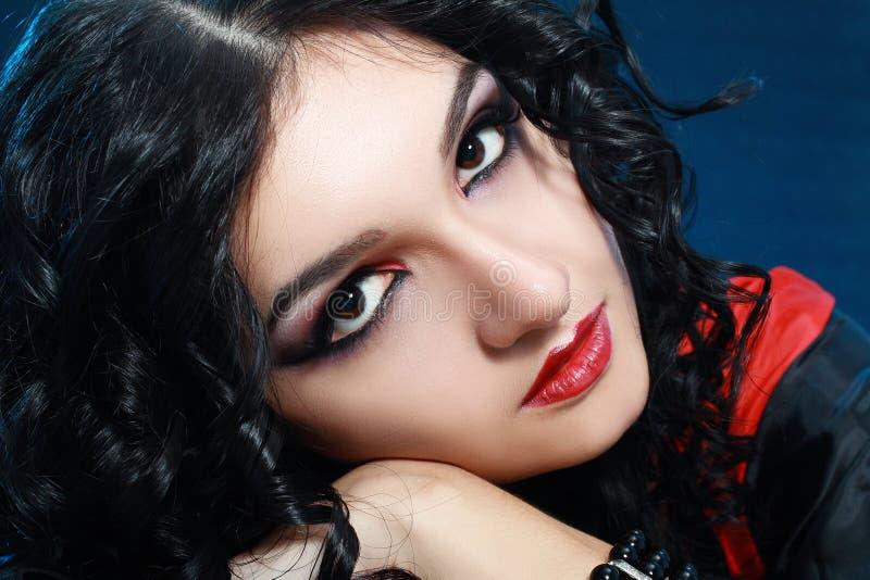 Lo stile del vampiro compone immagine stock
