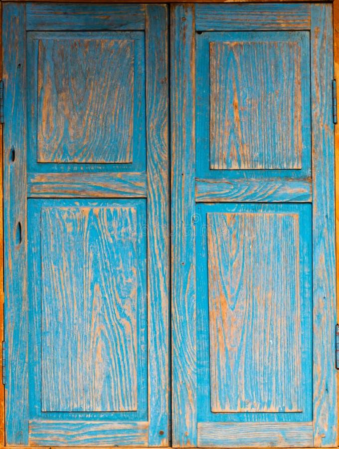 lo stile di legno blu dell'annata della finestra fotografia stock libera da diritti