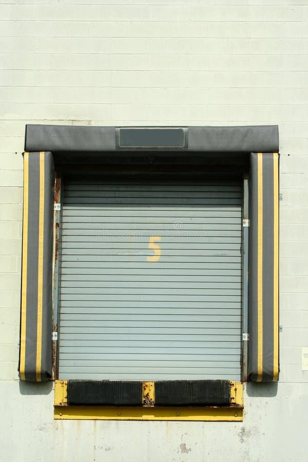 Free Loading Dock Bay Door Royalty Free Stock Photos - 13997048