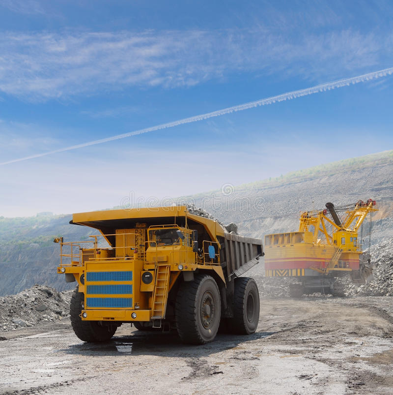 Download Loading of iron ore stock photo. Image of navvy, industry - 13253606