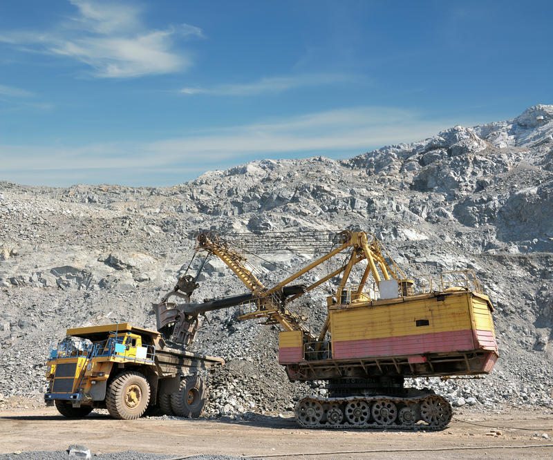 Download Loading of iron ore stock image. Image of grab, minerals - 38889733