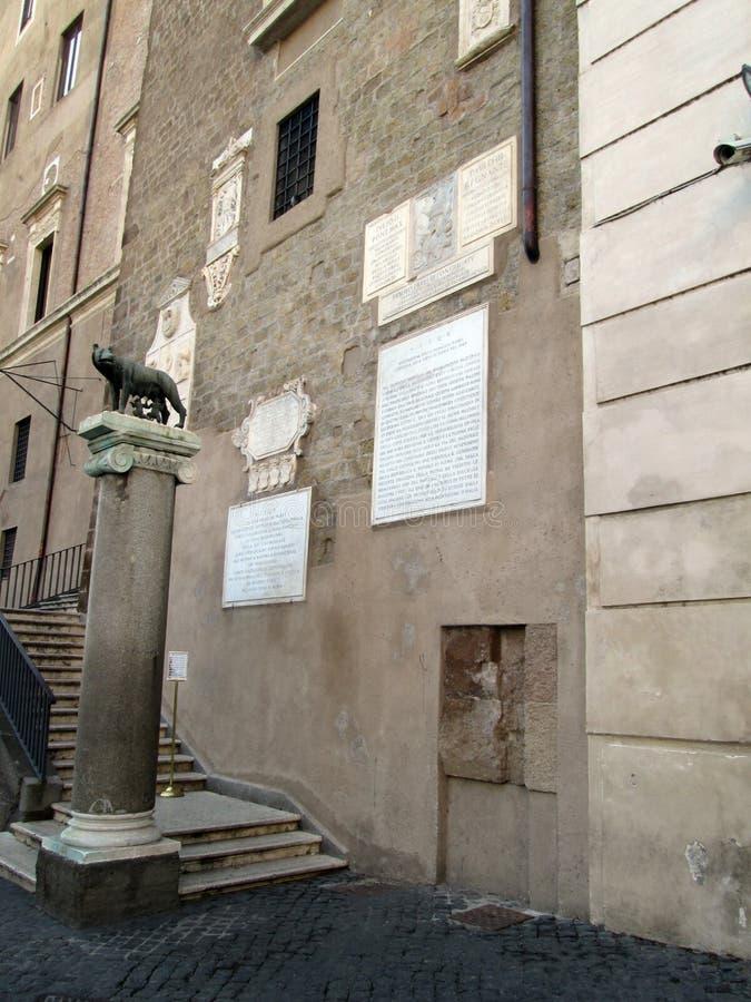 Loba Capitolina, mulo y Remo Palace del ³ de RÃ de los museos Roma Italy Europe de ConservativesnnThe Capitoline foto de archivo